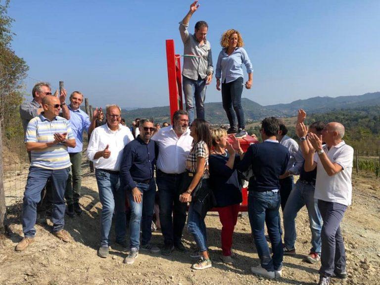 Azienda Agricola RoccaVinealis - Roccavignale Savona - Coltivazione di Granaccia - Vino Rosso della Liguria - Sedia Gigante