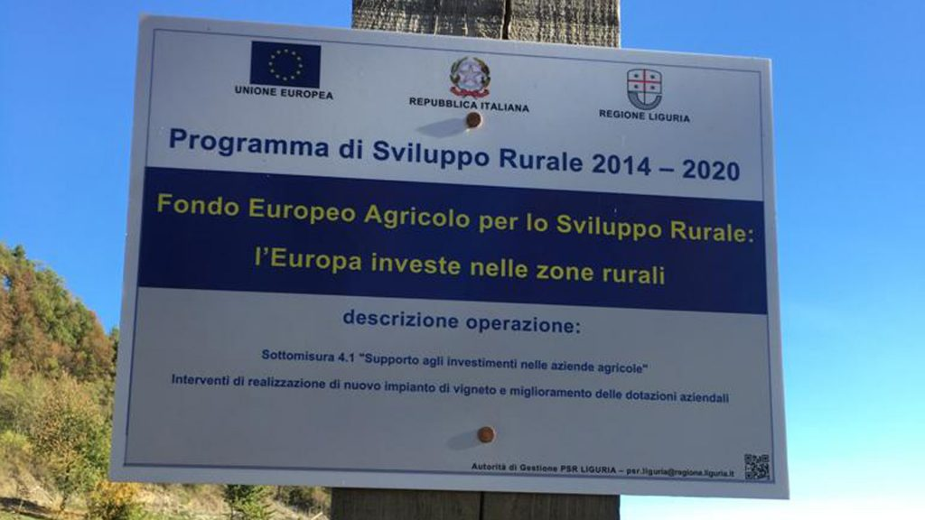 Fondo Europeo Agricolo per lo Sviluppo Rurale FEASR - Azienda Agricola Roccavinealis - Roccavignale Liguria